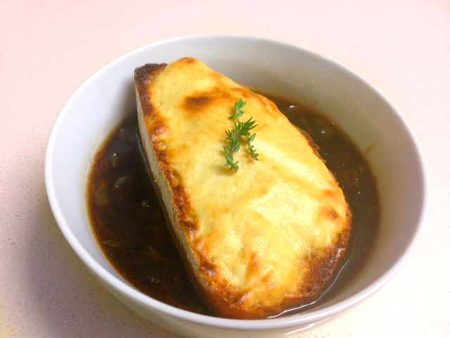vegan-french-onion-soup